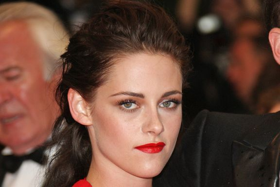 11 Celebrities Who Pull off Red Lipstick Best!