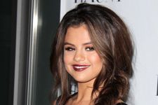 Selena Gomez Wows With Plunging Neckline, Slams Justin on Instagram