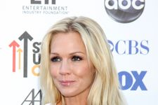 Jennie Garth Defends Tori After Ian Ziering 'Trainwreck' Comment