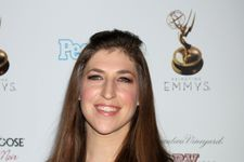 Mayim Bialik Doesn't Know Who the Kardashians Are!