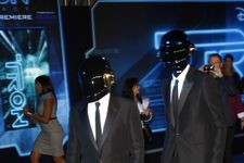 Daft Punk Wins Big at Grammy Awards 2014!