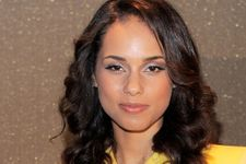 Alicia Keys Vacations with Husband and His Ex-Wife