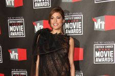 Eva Mendes Reveals Why She Won't Post Photos Of Ryan Gosling And Their Kids