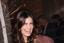 Idina Menzel's Son Uses Frozen To Charm Girls