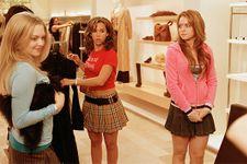 """Rachel McAdams Was 'In Awe' of Lindsay Lohan On """"Mean Girls"""" Set"""