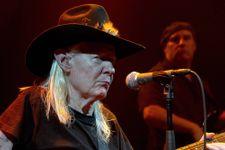 Blues Legend Johnny Winter Dies