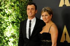 Jennifer Aniston And Justin Theroux Step Out Together