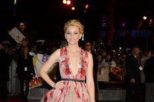 Fame10 Fashion Evolution: Elizabeth Banks