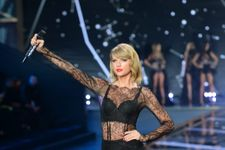 Which Supermodel Did Taylor Swift Ban From The Runway?
