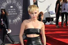"""Miley Cyrus """"Super Bummed"""" By Cheating Rumors, Parties It Off"""