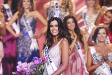 Miss Colombia, Paulina Vega, Crowned Miss Universe 2015