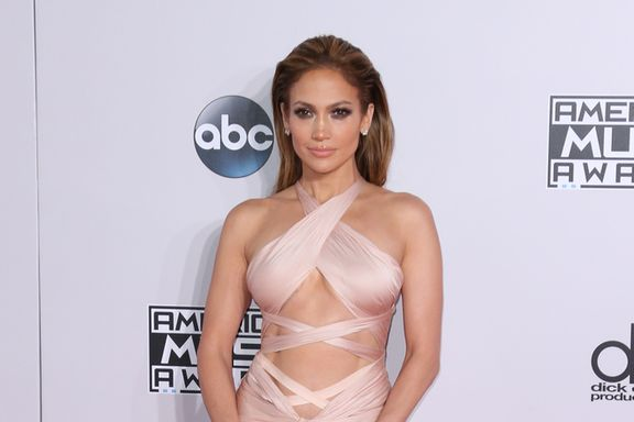 Jennifer Lopez's 7 Worst Red Carpet Looks: What Was She Thinking?