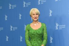 Helen Mirren Looks Amazing In New L'Oreal Campaign