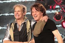 Van Halen Announce Tour Dates, First TV Performance With David Lee Roth In Years