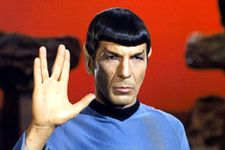 'Big Bang Theory' Pays Tribute To The Late Leonard Nimoy