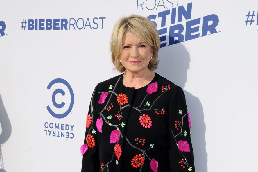 "Martha Stewart Unveils Her ""Smokin' Hot"" Makeover On Instagram"