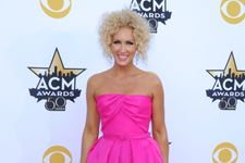 ACM Awards 2015: The 5 Worst Dressed Stars On The Red Carpet