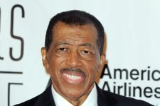 """""""Stand By Me"""" Soul Singer Ben E. King Dies At 76"""