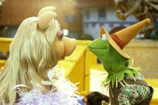 First Trailer For ABC's New Muppets Series Is Amazing