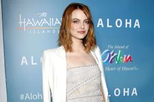 Cameron Crowe Issues Apology For Casting Emma Stone As Part-Asian Character In Aloha