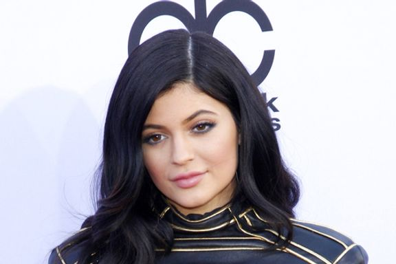 8 Ways That Kylie Jenner Is Morphing Into Kim Kardashian