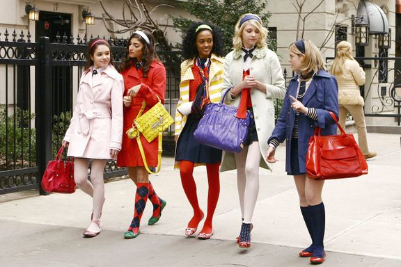 Gossip Girl Fashion: 10 Timeless Tips