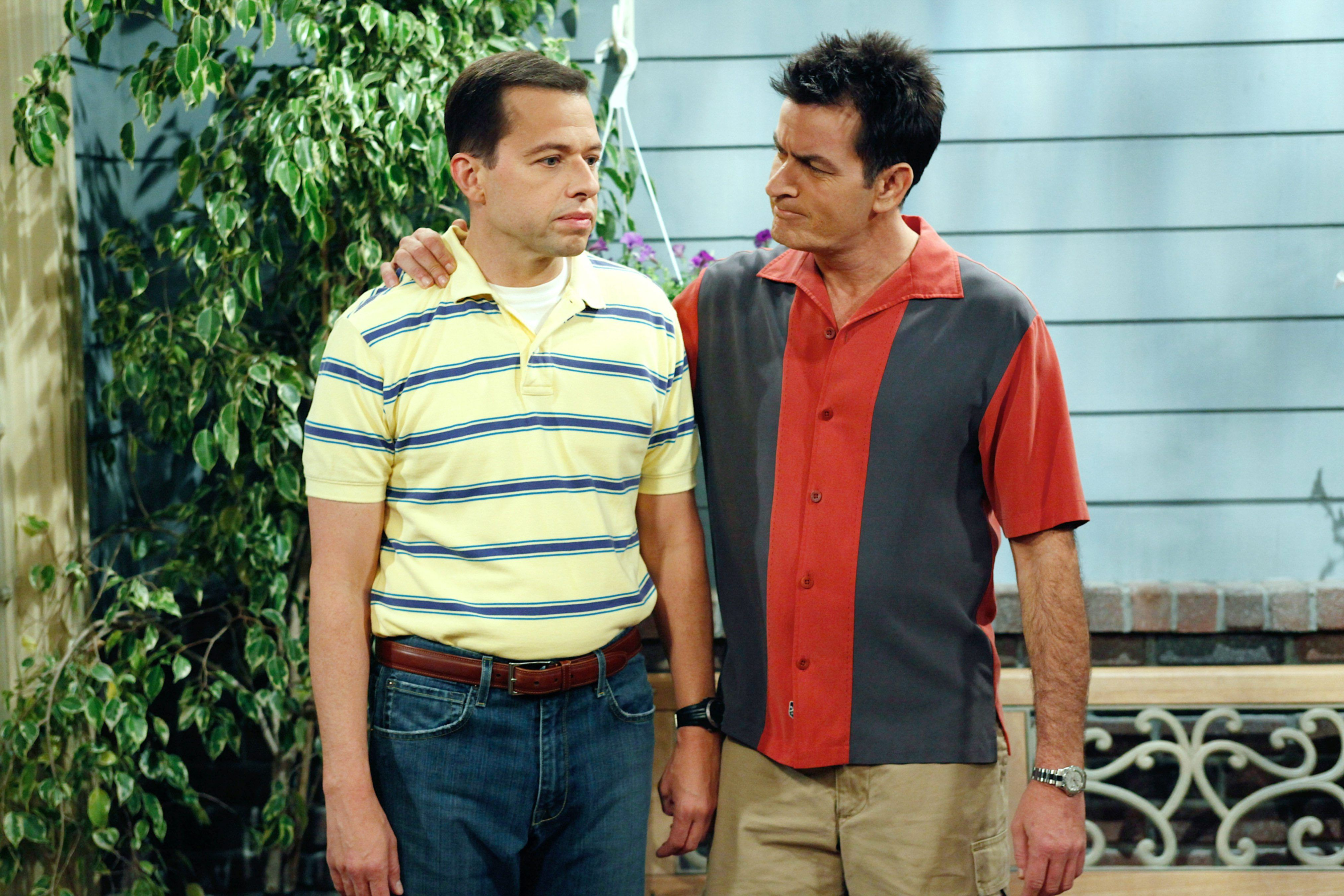 Jon Cryer Reflects On The Tumultuous Time Of Working With Charlie Sheen On 'Two And A Half Men' - Fame10