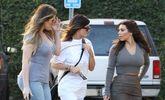 10 Kardashian Selfie Tips You Should Never, Ever Use