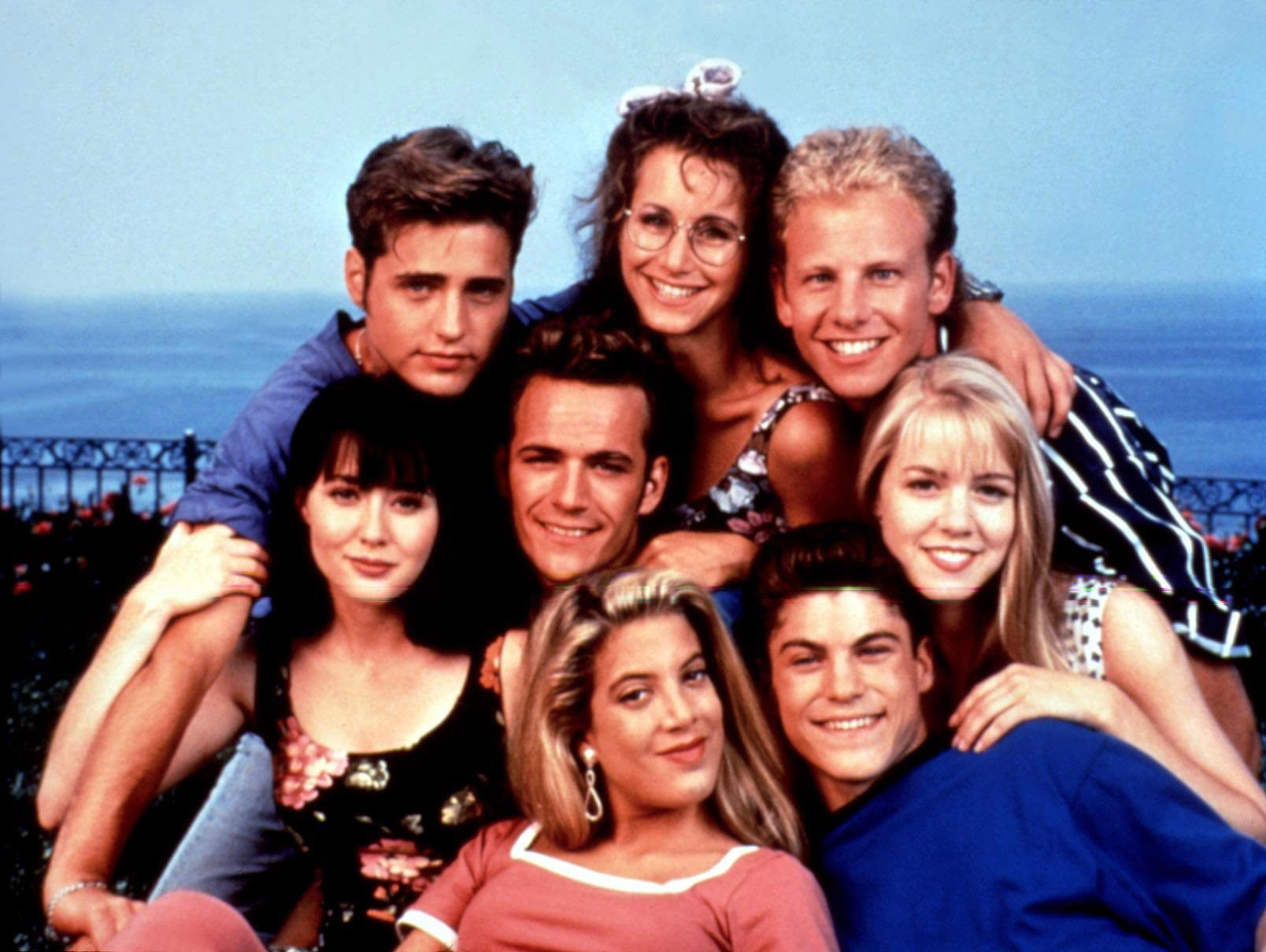 Beverly Hills, 90210: Behind The Scenes Secrets - Fame10