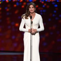 10 Reasons Caitlyn Jenner Is Hotter Than Kris