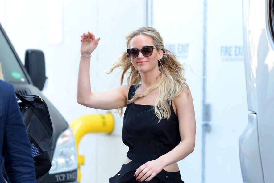 10 Reasons Fans Love Jennifer Lawrence