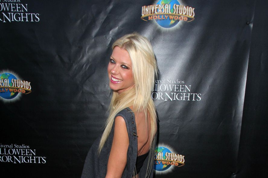 8 Ways Tara Reid Ruined Her Career