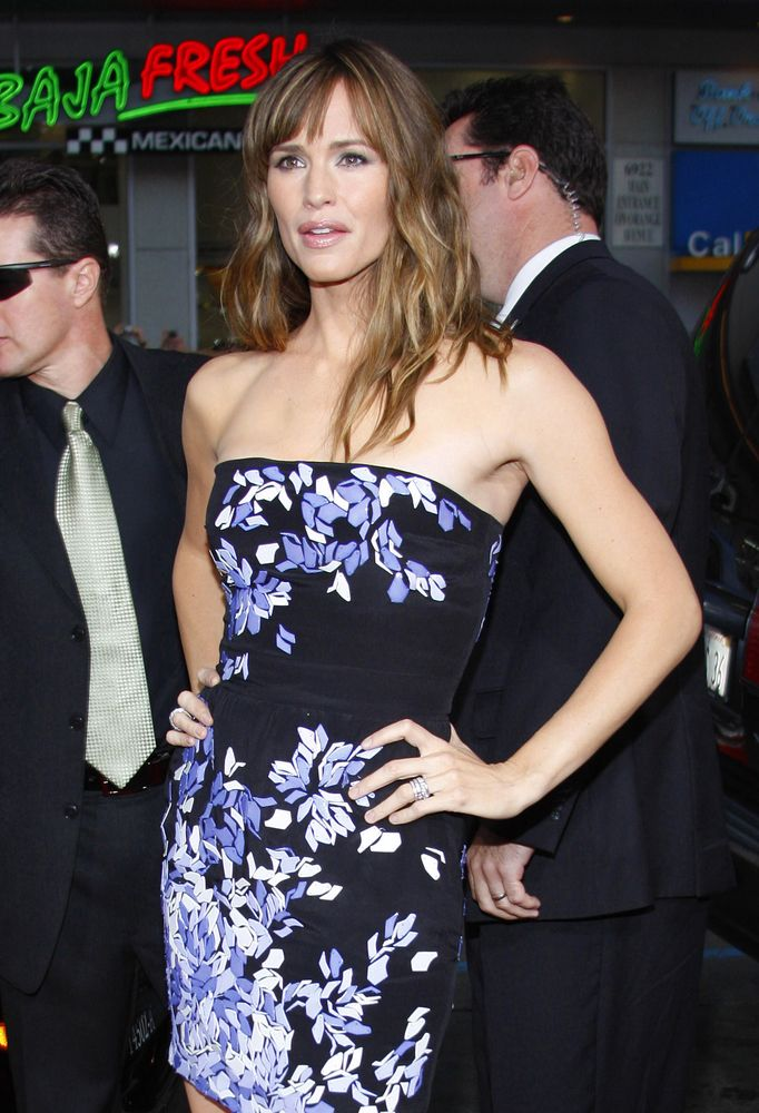 Things You Might Not Know About Jennifer Garner - Fame10