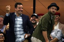 Jimmy Fallon And Justin Timberlake Communicate Just Through Looks