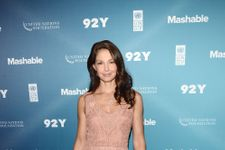 Ashley Judd Reveals She Was Harassed By Film Executive