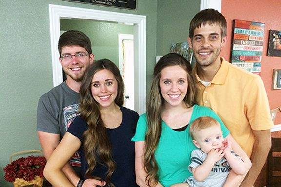 Jill And Jessa Duggar React To Josh Duggar Scandal In TLC Special Preview
