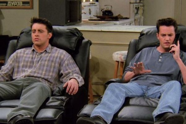 Friends: 12 Best Chandler and Joey Moments