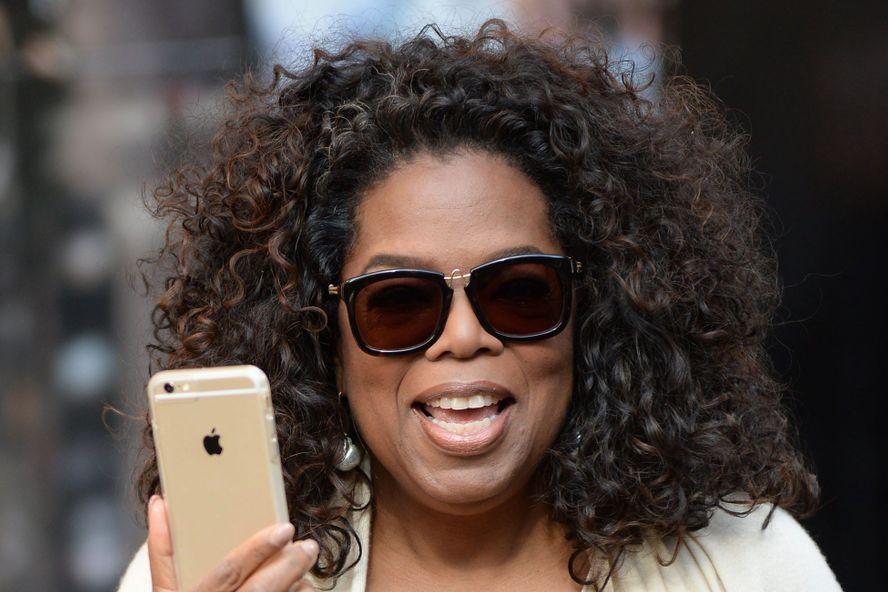 10 Epic Celebrity Social Media Fails