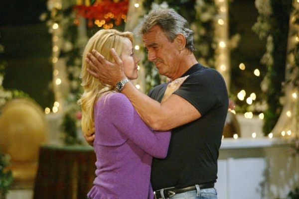7 Soap Opera Couples That Have Broken Up The Most Times