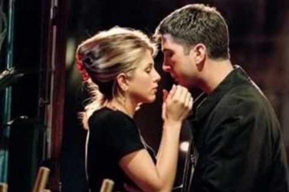 Friends' 8 Most Romantic Moments