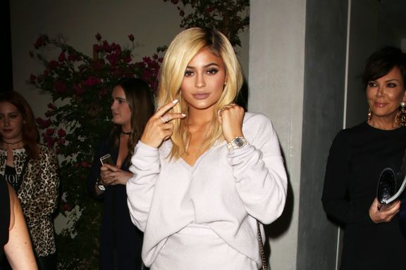 8 Reasons People Love To Hate Kylie Jenner