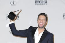 Luke Bryan And Carrie Underwood Win Big At American Music Awards