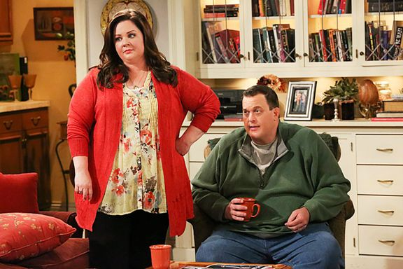 Cast Of Mike & Molly: How Much Are They Worth?