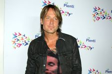 Keith Urban's Father Has Passed Away After Battle With Cancer