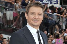 Jeremy Renner Finalizes Nasty Divorce With Sonni Pacheco
