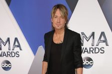 Keith Urban Reveals His Dad Is In Hospice Care