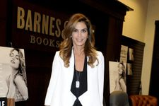 Cindy Crawford Announces Plans To Retire From Modeling