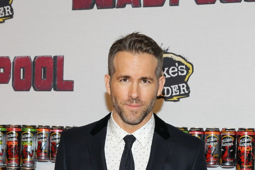 Ryan Reynolds Hilariously Trolls Hugh Jackman On His Wedding Anniversary