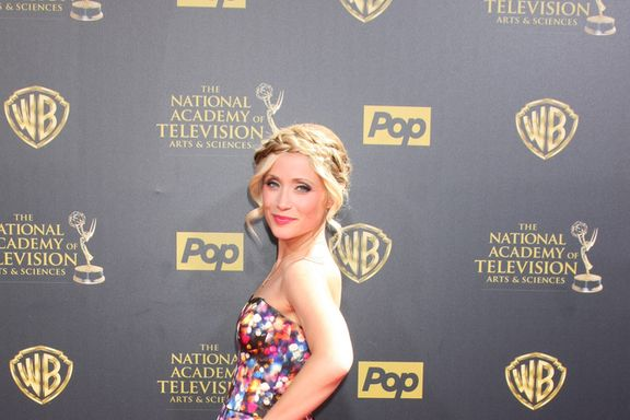 11 Hottest Female Soap Opera Stars