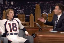 Kristen Wiig Is A Perfect Peyton Manning In Hilarious Jimmy Fallon Interview